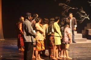 Contoh Naskah Drama | Contoh Surat | Artikel Pendidikan - Holiday and